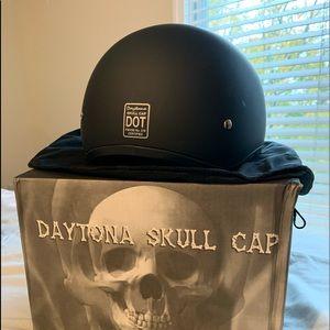 Harley Daytona skull cap Helmet